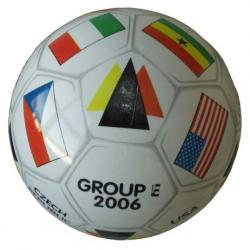Potlačená kopacia lopta GROUP - E