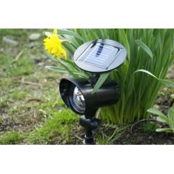 Záhradný LED Solárny reflektor Garth s 3 LED diódami